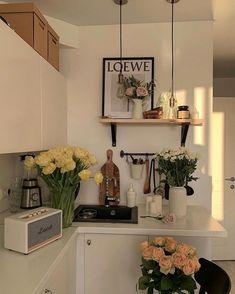 Dream Apartment, Apartment Interior, Studio Apartment Decorating, Apartment Living, Kitchen Interior, Aesthetic Room Decor, Dream Rooms, My New Room, House Rooms