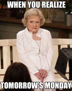 Betty White's face: Can't. Betty White's face: Can't. 9gag Funny, Funny Monday Memes, Sunday Quotes Funny, Funny Troll, Funny Memes, Funny Sunday, Funny Quotes, Happy Sunday, Sunday Night
