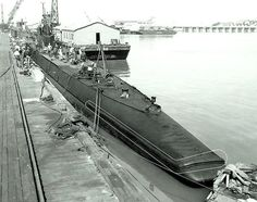 USS Porpoise (SS-172). At the Mare Island Navy Yard, California, 13 October 1942.