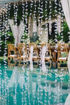 39 Cheap Wedding Decorations Which Look Chic Wedding Reception Planning, Wedding Reception Flowers, Bali Wedding, Chic Wedding, Wedding Receptions, Wedding Ideas, Wedding Inspiration, Wedding Bride, Destination Wedding