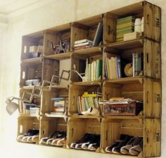 Organization solution : crates as wall shelves