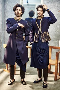 Shantanu and Nikhil designer menswear Models: Anuj Duhan and Manu Bora Mens Indian Wear, Indian Groom Wear, Indian Men Fashion, Mens Fashion Suits, Mens Ethnic Wear, Wedding Dresses Men Indian, Wedding Dress Men, Wedding Suits, Mode Masculine