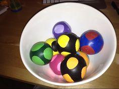 Comment fabriquer des balles de jonglage ! - YouTube