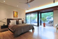 McDuffie-Residence-StudioMet-Architects-8-bedroom - Design Milk