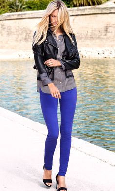 Jbrand royal blue pants See photos. J Brand Jeans Skinny Cobalt Jeans, Cobalt Blue Pants, Royal Blue Jeans, Blue Denim, Blue Pants Outfit, Blue Jean Outfits, Fall Winter Outfits, Autumn Winter Fashion, Jeans Azul
