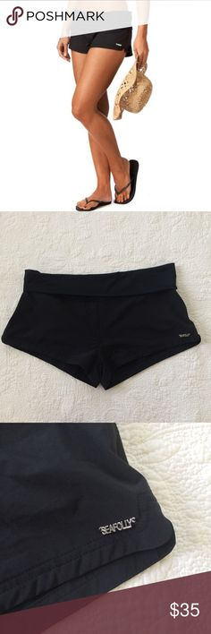 Seafolly Kauai Roll Top Black Shorts Designed in Australia. Board shorts. Swimwear. Preowned condition. No rips or stain. No Trades. Seafolly Shorts