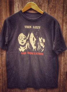 Thin Lizzy Bad Reputation super soft Vintage Band T Shirt super soft cotton Men's Medium Ch Types Of Cotton Fabric, Vintage Band T Shirts, Arm Pit Stains, Thin Lizzy, Last Stitch, Screen Printing, Vintage Inspired, Mens Tops