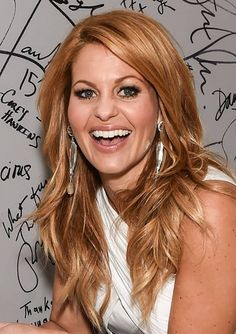 Candace Cameron-Bure wore one-of-a-kind Sequin earrings on a press tour promoting her new Netflix series, Fuller House! Candace Cameron-Bure wore one-of-a-kind Sequin earrings on a press tour promoting her new Netflix series, Fuller House! Strawberry Blonde Hair, Great Hair, New Hair, Fuller House, Hair Inspiration, Hair Makeup, Hair Cuts, Hair Color, Hair Beauty
