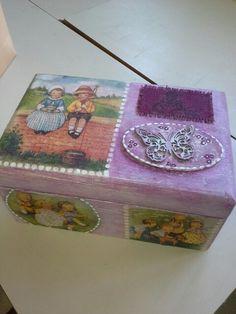 caja muñecas..