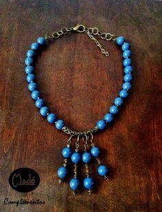Madó Luaces : Collar en color oro viejo y azul