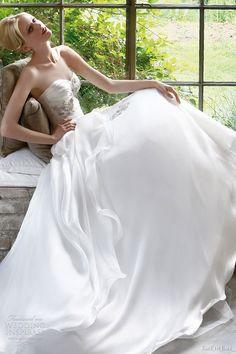 2011 December | Wedding Inspirasi