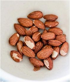 5 Simple Ways In Which Almonds Help To Lose Weight  Didn't know this but how awesome is this?  That's it more almonds to my diet!