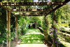 18 Garden Trellises and Pergolas Perfect for Summer Relaxation Photos   Architectural Digest