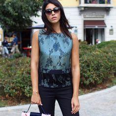 Alessia Sica non ha resistito al richiamo della nuova collezione Hanita Fall Winter 2016/17. Scelta ed indossata per la #milanofashionweek, ennesimo successo.