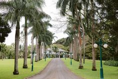 King Kamehameha, Comfortable Living Rooms, Hawaii Homes, Historical Architecture, Beach Town, Maui Hawaii, Hawaiian Islands, Stay The Night, Lanai