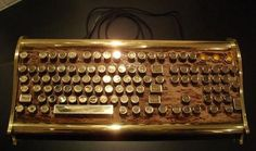 I know my Mum would love this. Think I'll use the iphone money I've been saving to get her one just to show my appreciation for all that she does for me. -Marquis Victorian Steampunk Keyboard