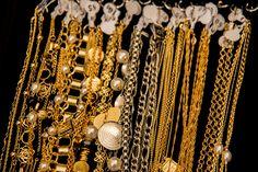 Produção fotográfica - Cliente Divina Semijoias Pearl Necklace, Pearls, Jewelry, Fashion, Fotografia, String Of Pearls, Moda, Jewlery, Jewerly