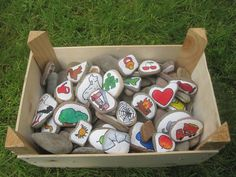 Nail Art Hacks, Rock Art, Cartoon Characters, Painted Rocks, Montessori, Crafts For Kids, Joy, Super, Painting