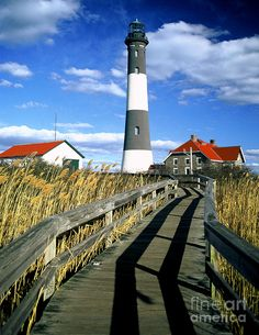 ✯ Robert-Mosses Light House |Pinned from PinTo for iPad|