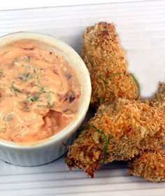 Crunchy, Baked Coconut Lime Chicken Strips with Spicy Yogurt Dipping Sauce #superbowl