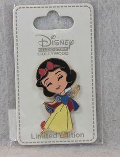 2014 Disney WDW Hidden Mickey Princess Mobile Phones Belle Pin Rare