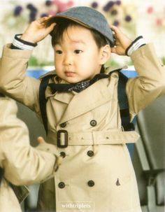you are so handsome Superman Kids, Song Daehan, Song Triplets, Miss You Guys, Korean Shows, Little Darlings, Kids And Parenting, Photo Book, Cute Kids