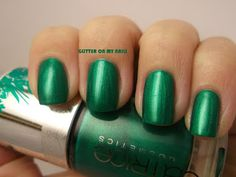 GLITTER ON MY NAILS: CATRICE'S VIRGIN FOREST