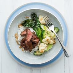 Japanese Beef Steak with Sesame Veggies and Goma Dare Sauce Healthy Food, Healthy Recipes, Beef Steak, Broccoli, Mashed Potatoes, Food Ideas, Veggies, Japanese, Meat