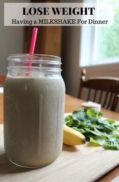 Easy Protein Smoothie Recipe perfect for Weight Loss. Who doesn't want a chocolate milkshake for dinner every night?