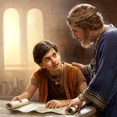 Davi lê um rolo com um jovem