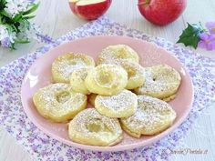 Le frittelle di mele al forno sono la versione light delle classiche frittelle di mele, una versione non fritta che non avevo mai preparato e che mi