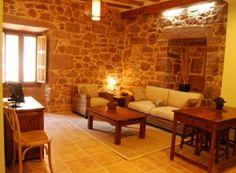 Apartamento con dos habitaciones dobles, baño, y salón cocina (totalmente equipada)