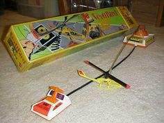 VertiBird was one of my favorite toys! The fun was over once the cable got stepped on :( Childhood Images, My Childhood Memories, Great Memories, 1970s Toys, Retro Toys, Vintage Toys, Old School Toys, The Old Days, Photo Craft