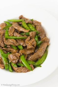 Stir Fried Beef with Oyster Sauce and Snap Peas Recipe Panlasang Pinoy (chinese stir fry sauce dishes) Pea Recipes, Stir Fry Recipes, Pork Chop Recipes, Vegetable Recipes, Asian Recipes, Cooking Recipes, Vegetable Dish, Pork Chop Recipe Pinoy, Filipino Recipes