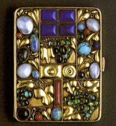 Josef Hoffmann, Tobacco case for Otto Primavesi, Vienna, 1912. Execution: Wiener Werkstatte. Gold; lapis lazuli, pearl, turquoise, coral, opal, cornelian, and other semiprecious stones. Private collection. Courtesy Neue Galerie New York. View 2.