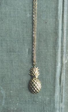 sweet pineapple necklace - now I'm dreaming of a tropical escape this cold winter! Pineapples are in! Everyone is wearing printed clothing with pineapples on it. Typically would be worn in warmer weather. Pineapple Jewelry, Pineapple Necklace, Cute Jewelry, Jewelry Box, Jewelry Accessories, Jewlery, Piercings, Mo S, Pendant Necklace