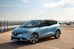 Renault Grand Scenic The 2016 Geneva Motor Show saw Renault take the wraps off the All-New Scénic, a striking, compact MPV with pioneering proportions. Scenic Renault, Peugeot, Grand Scenic, Toyota Verso, Automobile, Old Classic Cars, Geneva Motor Show, Auto News, Toyota Hilux