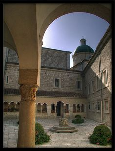 Monte Cassino Abbey, the birthplace of the Benedictine order! Who wants to visit?