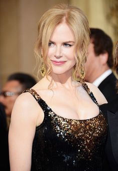Nicole Kidman Photos Photos - Actress Nicole Kidman arrives at the Oscars at Hollywood & Highland Center on February 24, 2013 in Hollywood, California. - Red Carpet Arrivals at the Oscars