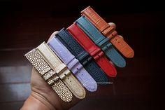 Dây da Masamu có đặc điểm gì nổi trội, chất lượng của dây da Masamu như thế nào. Để biết thêm thông tin chi tiết, bạn hãy cùng truy cập qua bài viết dưới đây nhé! Skagen, Daniel Wellington, Calvin Klein, Gloves, Winter, Fashion, Winter Time, Moda, Fashion Styles