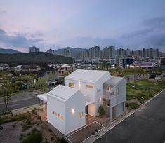 Image 23 of 40 from gallery of Yangsan Eorinjip / Architects Group RAUM. Photograph by Yoon Joonhwan