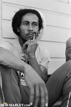 Bob Marley - hmm deep in thought??