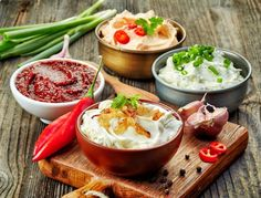 Be sure to try the best Thermomix dips - Cousine plus - Easy Appetizer Recipes, Dip Recipes, Sauce Recipes, Summer Recipes, Cooking Recipes, Simple Appetizers, Shawarma Sauce, Guacamole, Veggie Platters