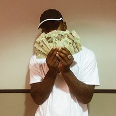 """Prev1 of 2Next After hitting the stage at OVO Fest, Skepta jumps on Jamie XX's single """"Good Times"""" for his new remix. Hit page 2 for the audio. Prev1 of 2Next"""