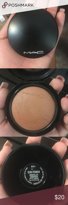 Mac bronzer  I lovedddddd this bronzer but it just a tad bit orange :( it's only been used twice! MAC Cosmetics Makeup Bronzer