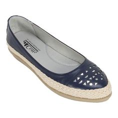 Women's Cliffs by Mountain Cava Espadrille Flat Navy Smooth Synthetic