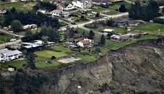 Massive #mudslide leaves three #dead in #Washington state
