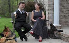 Sweet Service Dogs Help Make Prom Dreams Come True