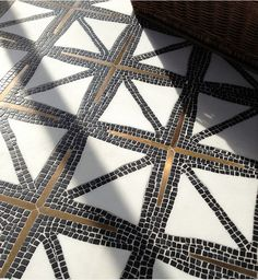 Gorgeous for powder room!Bronze in Mosaic / Indus stone water jet mosaic in tumbled Nero marquina, honed Thassos, and bronze. James Duncan for New Ravenna Mosaics Stone Mosaic, Mosaic Tiles, Tiling, Mosaic Floors, Wall Tiles, Mosaic Bathroom, Shower Bathroom, Tile Flooring, Kitchen Flooring