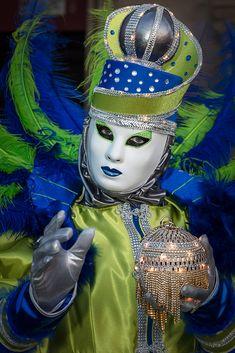Die schönsten Bilder von Venedig.... Carnival Of Venice, Captain Hat, Italy, Hats, Photography, Venice, Pretty Pictures, Nice Asses, Fotografie